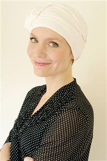 Bridal headwear for hair loss